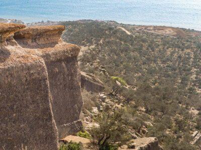 cliffs-hiking-taghazout-ocean