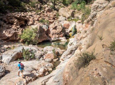 paradise-valley-hiking-man-waterfall