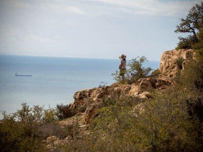tamraght-hiking-coastline-view-girl